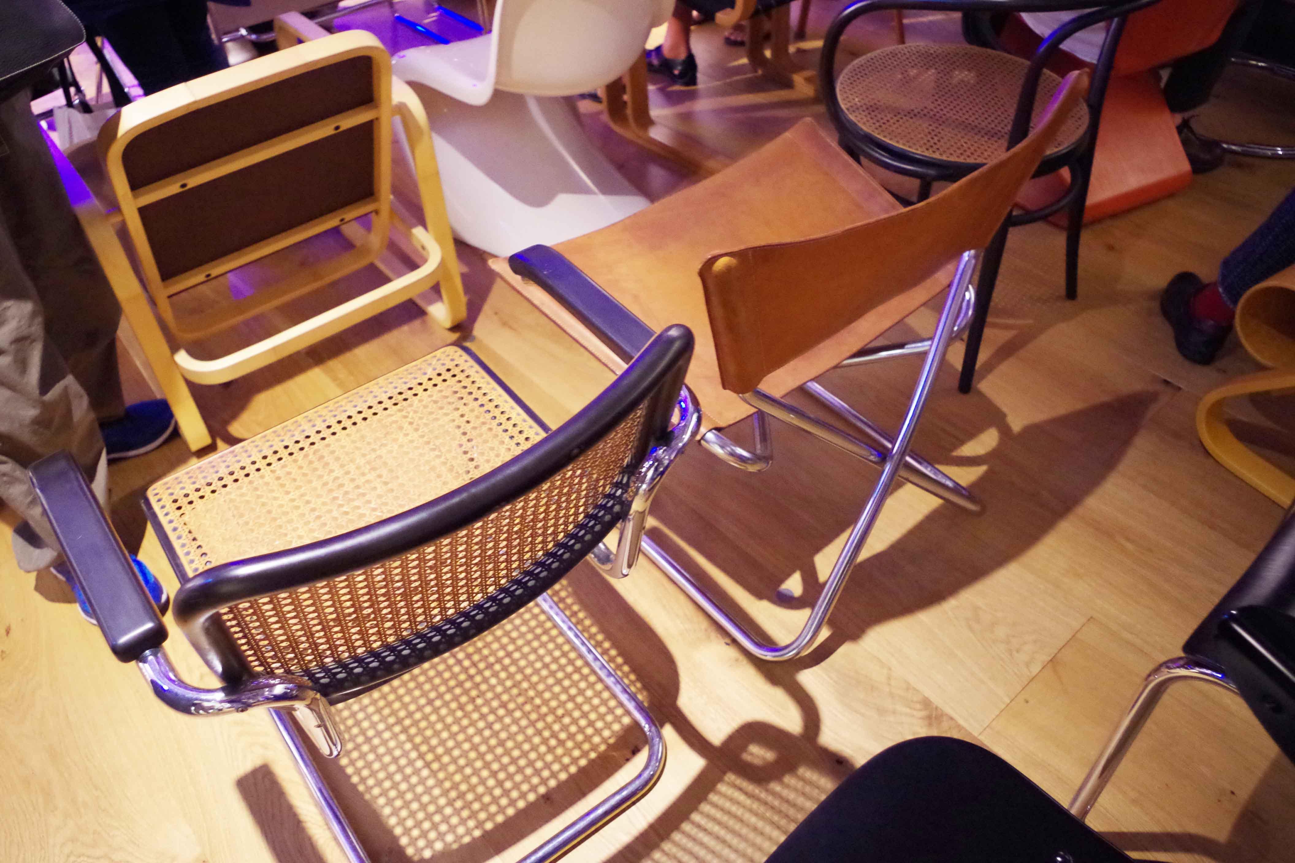 椅子の写真2