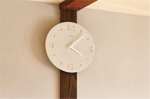 珪藻土の時計2